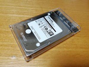 ORICO 2139U3にHDDを取り付けた状態